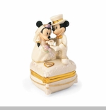 Lenox Classics Mickey and Minnie Sweethearts Treasure Box
